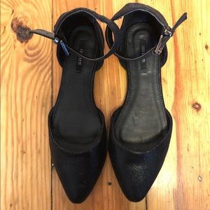 Forever 21 Black Pointed Sandals size 6